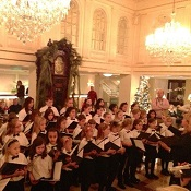 Hotel Monteleone School Choir Performances in the Hotel Lobby